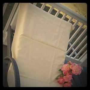 PK of 2 FAIRVIEW Royal Collection Pool Towels